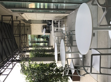 Corner Workplace image 5