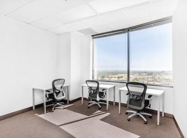 Regus - California, Woodland Hills - Trillium Towers Center image 3