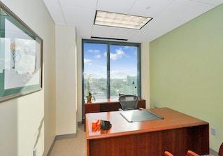 Carr Workplaces Las Olas image 2