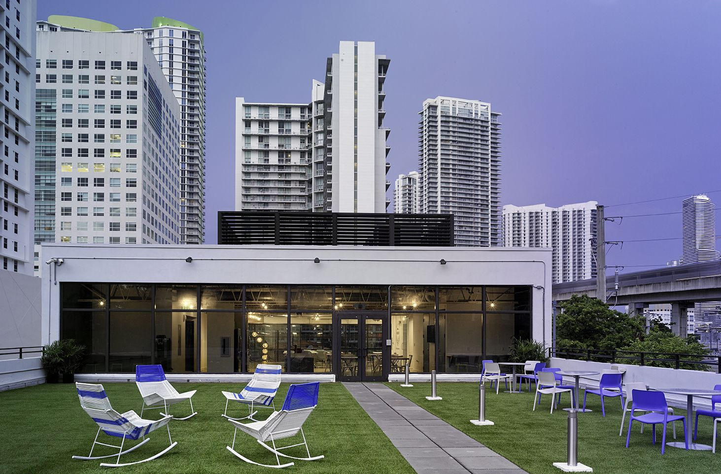 BUILDING, Miami
