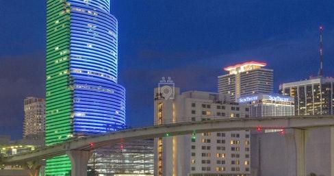 Premier - Miami Tower, Miami | coworkspace.com