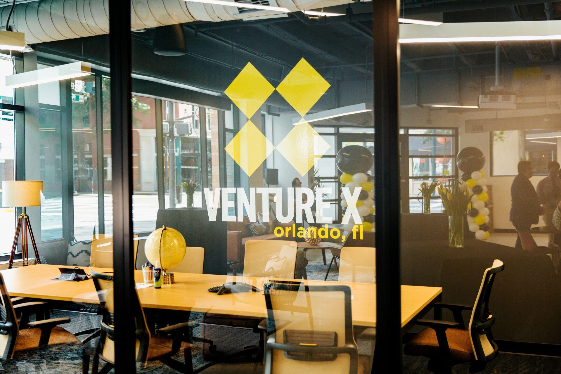 Venture X Downtown Orlando, Orlando