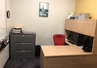 Vargas Executive Suite image 2