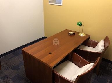 Vargas Executive Suite image 3