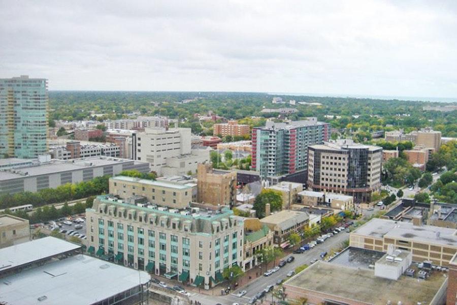 Industrious Evanston, Evanston