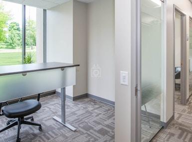 Office Evolution Naperville image 4