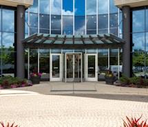 Regus - Illinois, Oak Brook - Oak Brook Pointe profile image