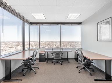 Regus - Illinois, Schaumburg - 1600 Corporate Centre image 3