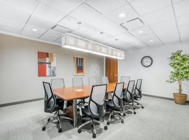 Regus - Illinois, Schaumburg - Gateway Executive Park image 4