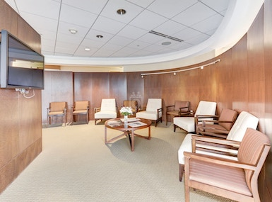 Carr Workplaces Friendship Heights image 3