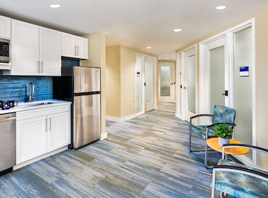 CHR HomeWorks at 1443 Beacon (Chestnut Hill Realty) image 4