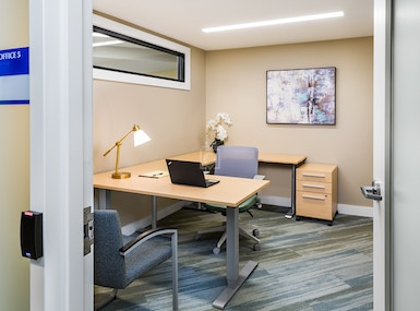 CHR HomeWorks at 1443 Beacon (Chestnut Hill Realty) image 3