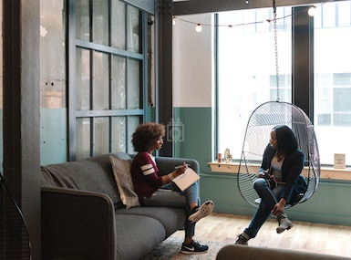 WeWork 19 Clifford St image 5