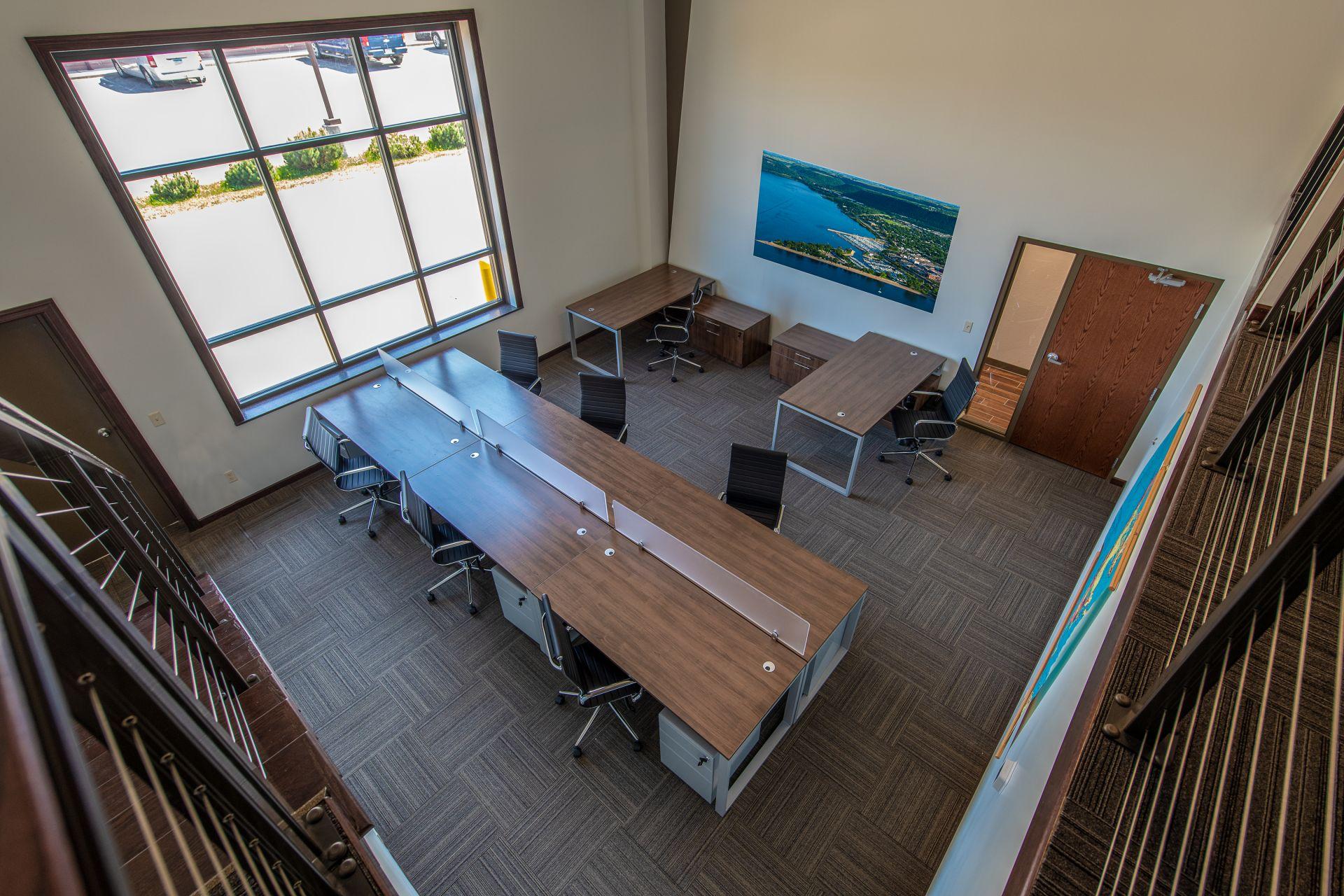 Lake City Business Center, Lake City
