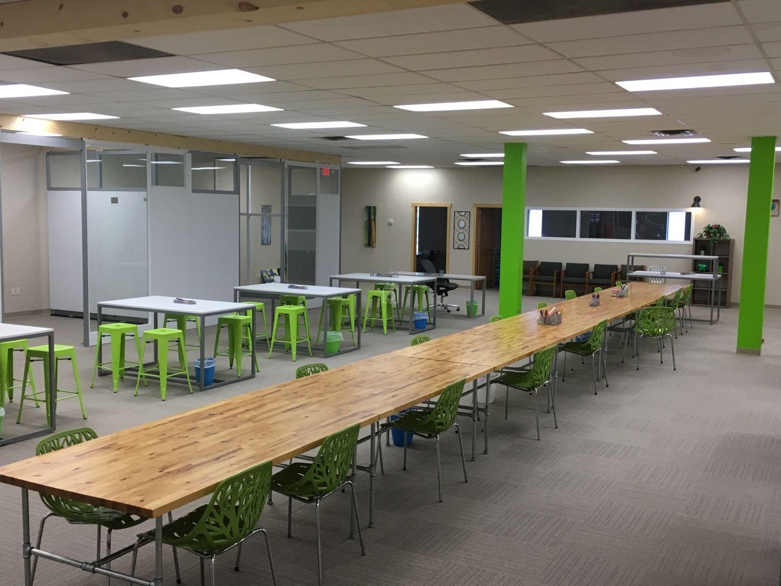 Evolve Workplace Saint Paul Book Online Coworker