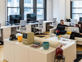 11 Desks, NYC