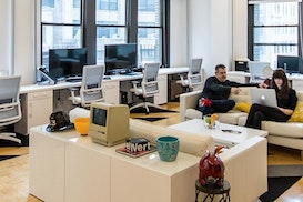 11 Desks, Jersey City