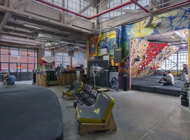 Brooklyn Boulders Gowanus image 5