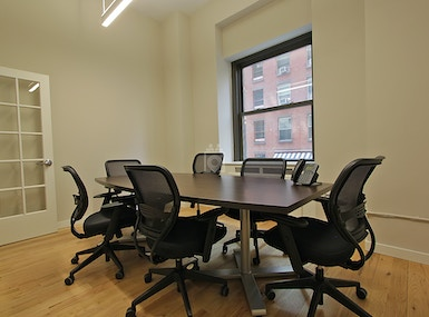 Select Office Suite FiDi image 3
