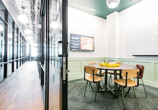WeWork 404 Fifth Ave image 2