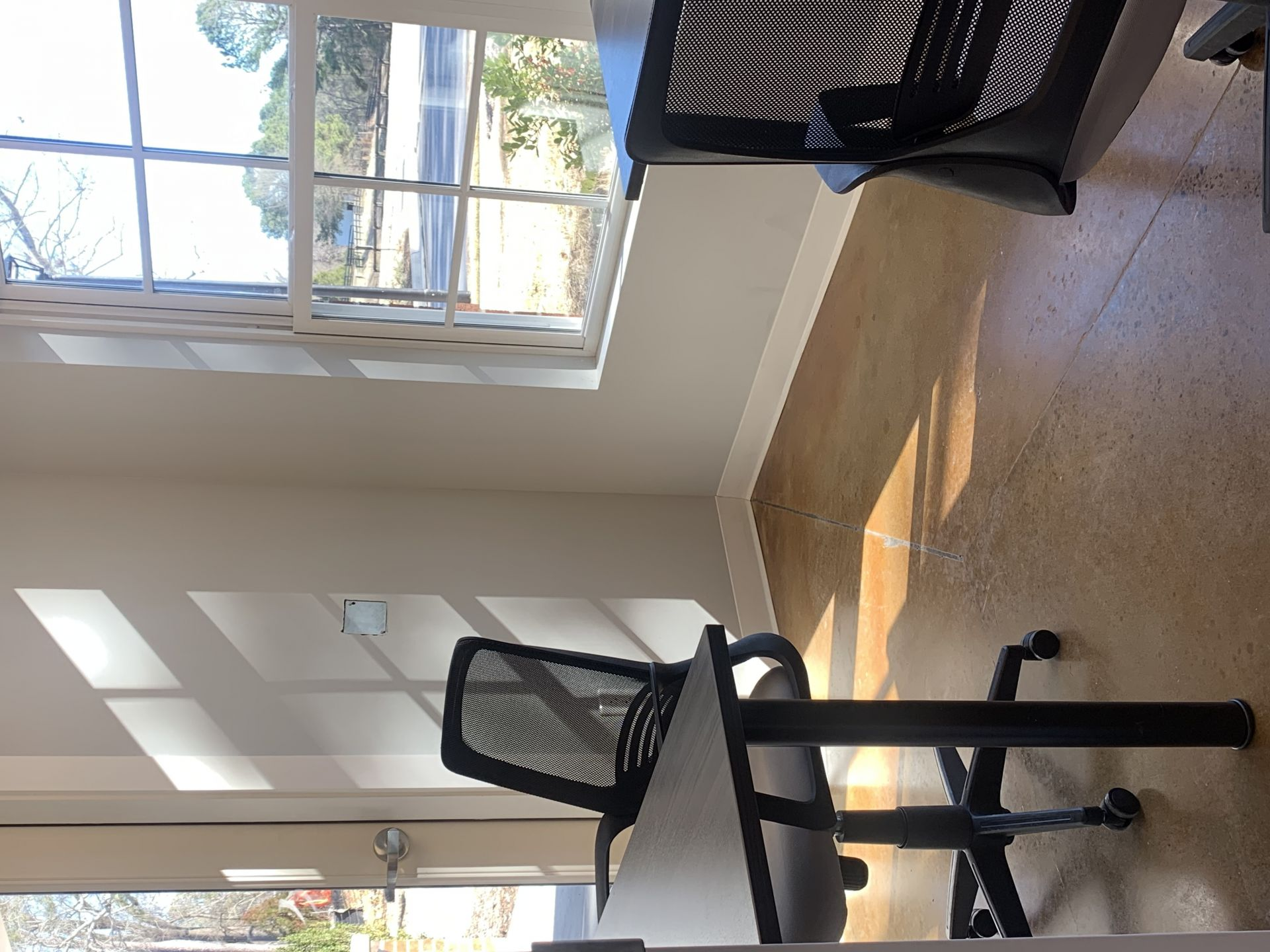Coworking Station Olive Chapel, Apex