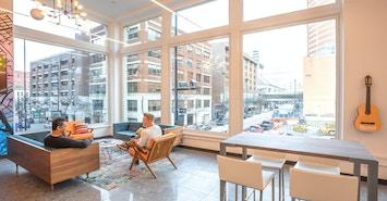 Expansive Hooper Building profile image