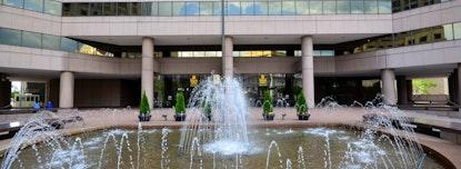 Premier - Columbia Plaza