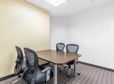 Regus - Pennsylvania, Newtown Square - Newtown Square Corporate Campus image 4