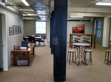 Club Level CoWorking image 4