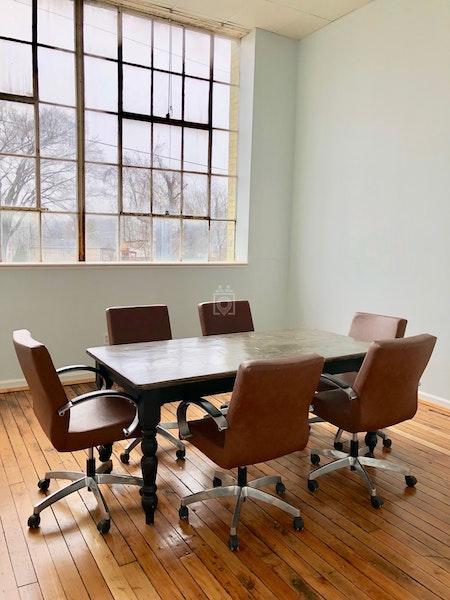 Workspace, Dickson