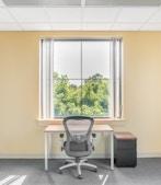 Regus - Tennessee, Knoxville - Cedar Bluff (Office Suites Plus) profile image