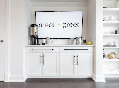 meet + greet image 5