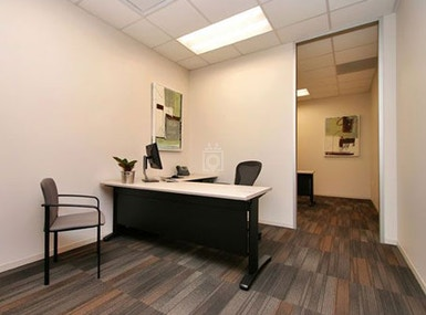 Regus - Texas, Bee Cave - Hill Country Galleria image 4