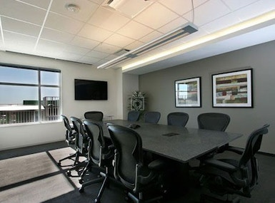 Regus - Texas, Bee Cave - Hill Country Galleria image 3