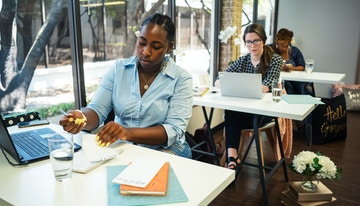 Business Lounge Dallas image 1