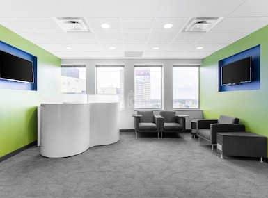Regus - Texas, Dallas - Downtown Republic Center image 5