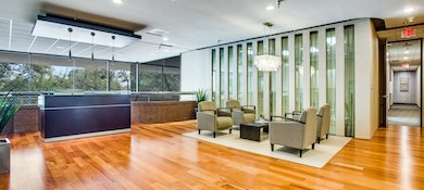 WORKSUITES Central Plano