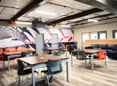Business E Suites image 4
