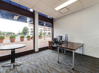 Carr Workplaces Duke Street image 5
