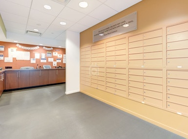Carr Workplaces Tysons image 4