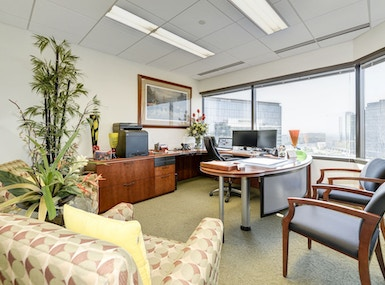 Carr Workplaces Tysons image 5