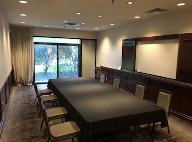 Bellevue Flexible Office Space image 3
