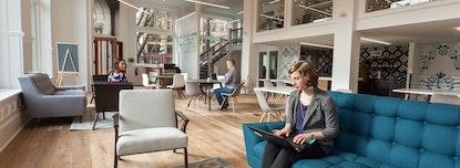 Novel Coworking Pioneer Building