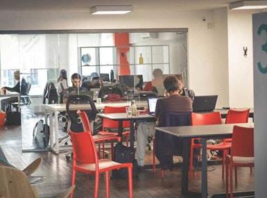 Co-Work LatAm Pocitos image 4