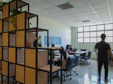 Del Plata Office image 4